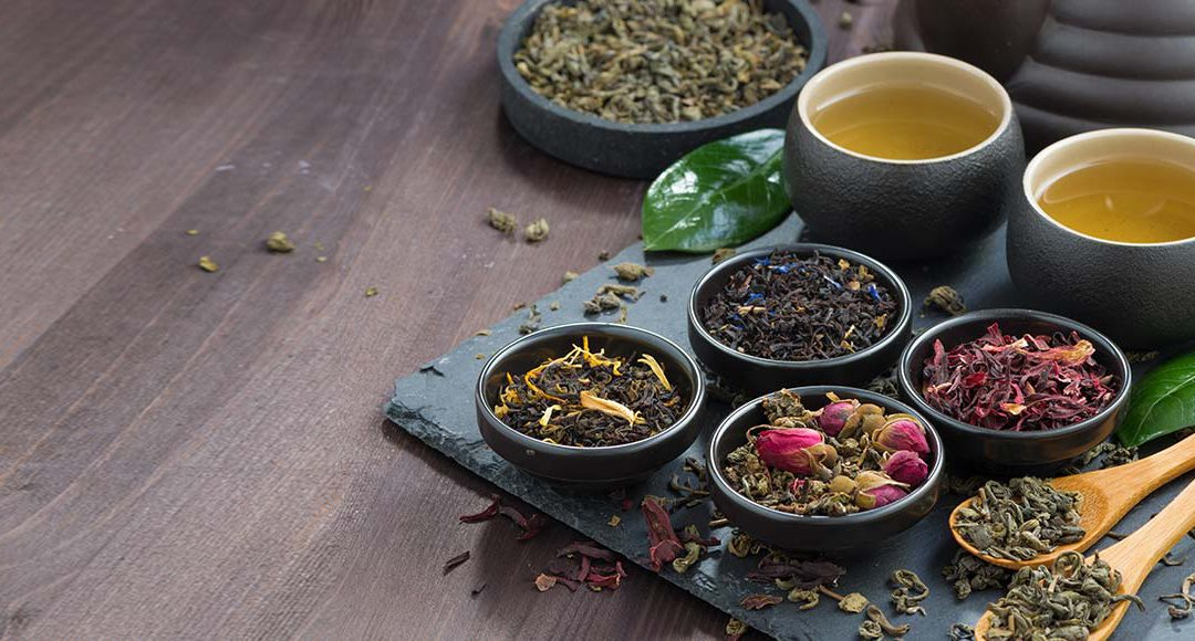 Bylinky akvalitní čaje – láska na celý život